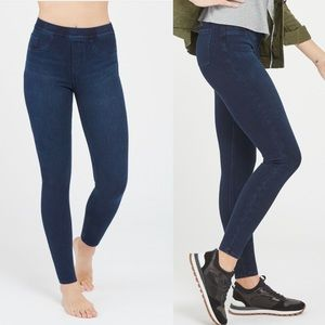 SPANX jean-ish leggings skinny pull in style